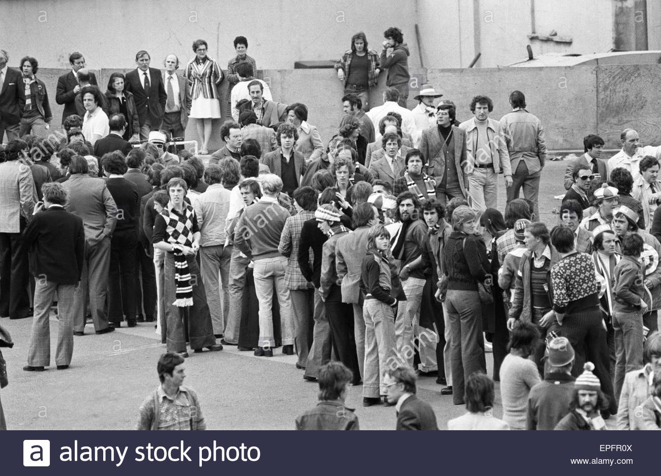 southampton-1-0-manchester-united-fa-cup-final-1976-wembley-