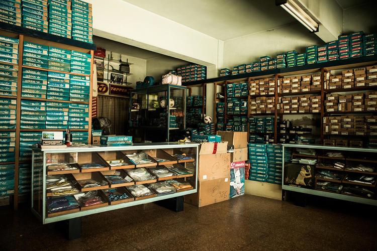 Il negozio di Carlo Ruiz in Argentina